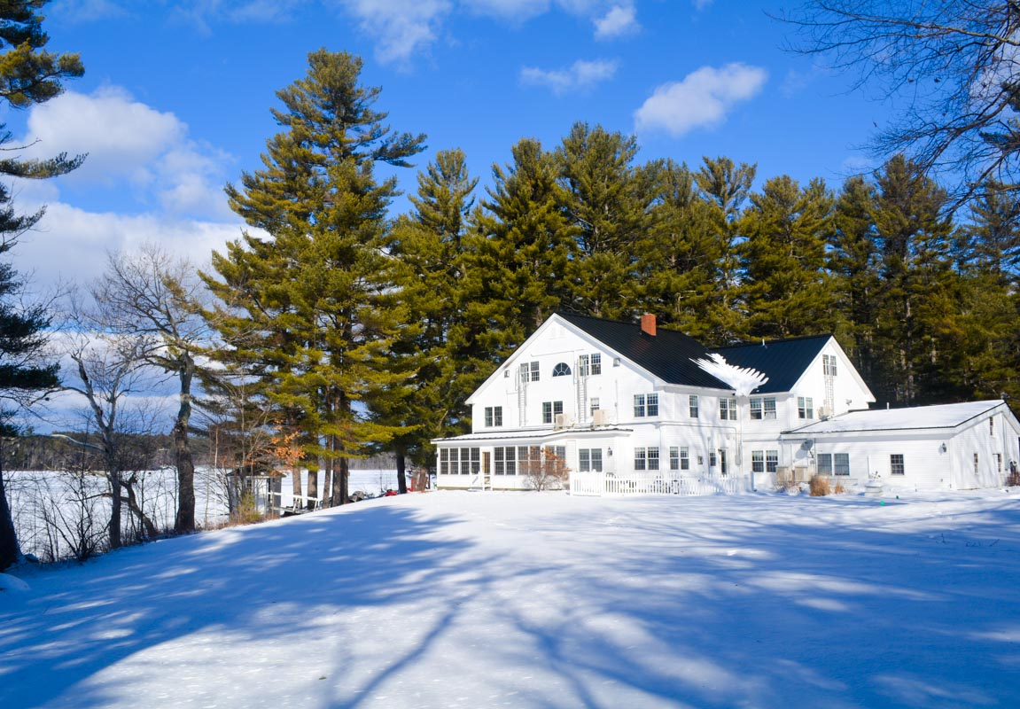 Wolf Cove Inn Wintertime