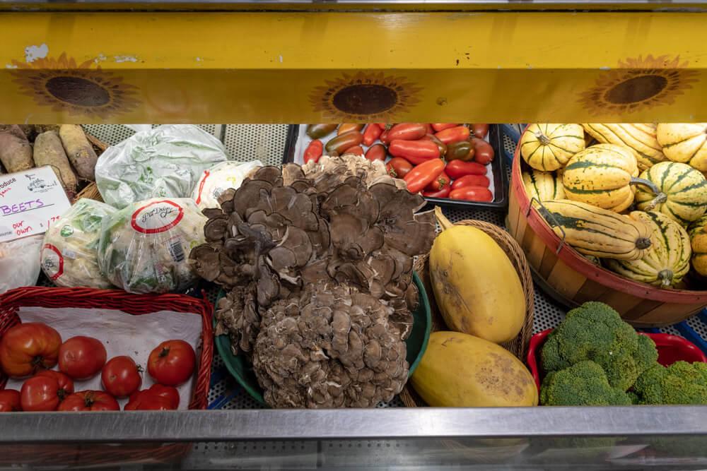Nezinscot Farm Produce