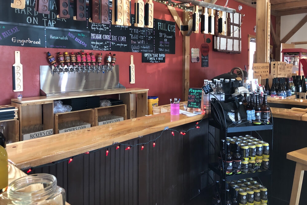 Ricker Hill Hard Cider Tasting Room bar