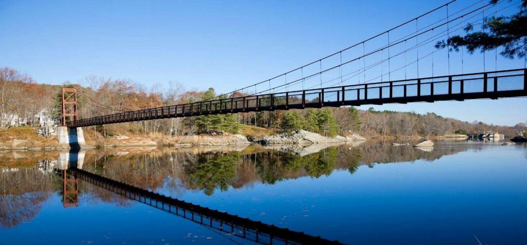 Beautiful bridge across the water in brunswick maine in the fall