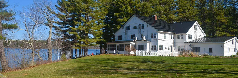 Wolf Cove Inn
