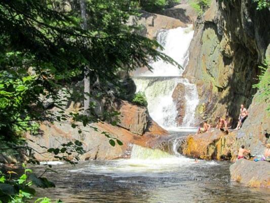 beautiful waterfalls in Maine - Smalls Falls