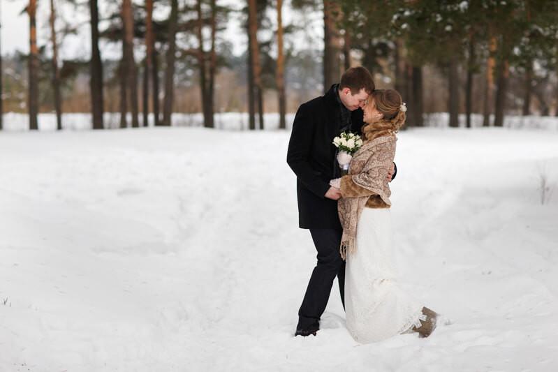A Winter Wonderland Maine Elopement