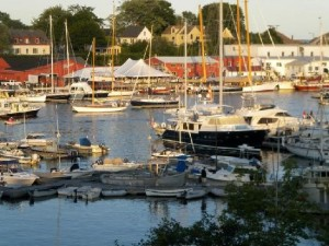 Scenic day trips to Camden Harbor
