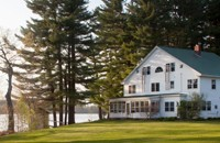 Maine B&B on Lake Tripp near Moosehead Lake