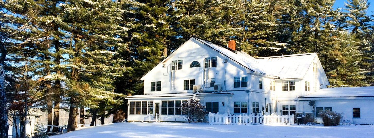 Exterior of Wolf Cove Inn in Winter